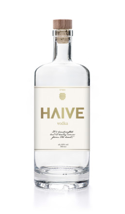 Emballage design af Haive Vodka Flaske designet af ON!AD Grafisk Bureau