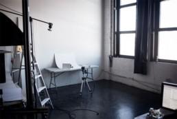 foto af produkter i et vindue DIY